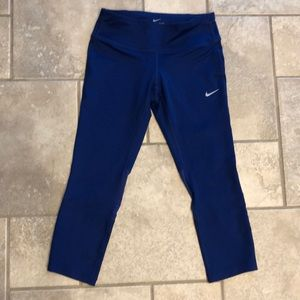 Women's XS Nike Capri leggings